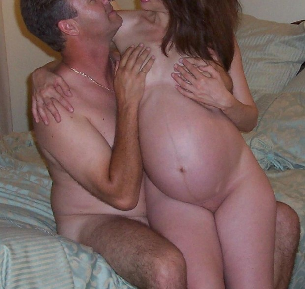 couple d'amateurs pose nu
